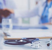 postes-projets-medical2-credit-cfotolia-lenets_tan